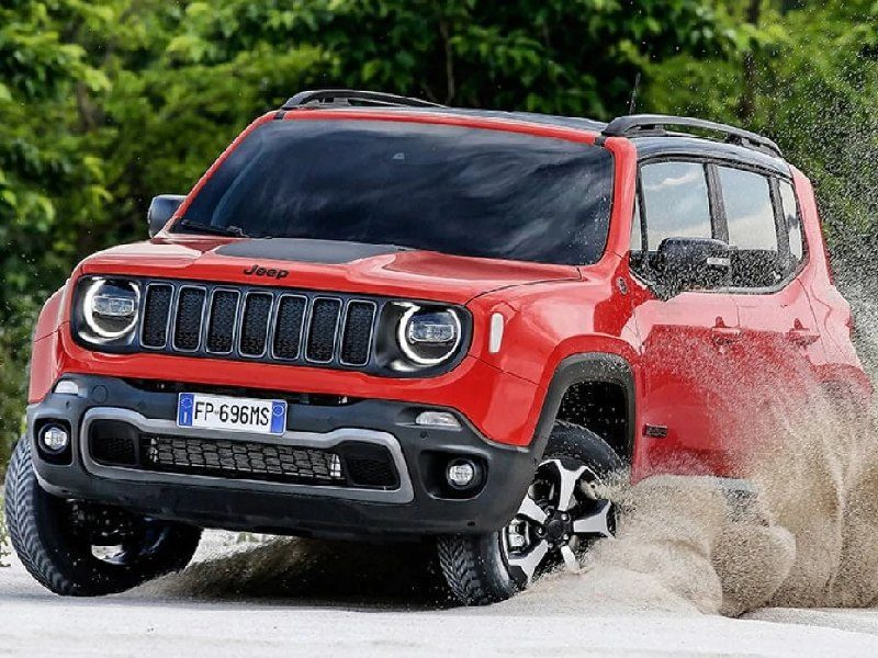 Jeep Renegade red pay per use a noleggio