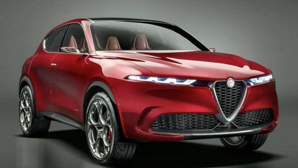 Alfa Romeo Brennero davanti